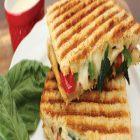 yumEATS Sandwich Drinks Combo